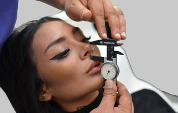 Rinoplastie - operatie estetica nas